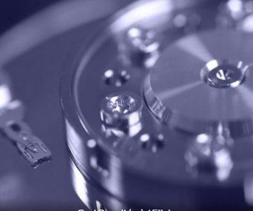 Crean el disco duro más pequeño del mundo que escribe información átomo por átomo