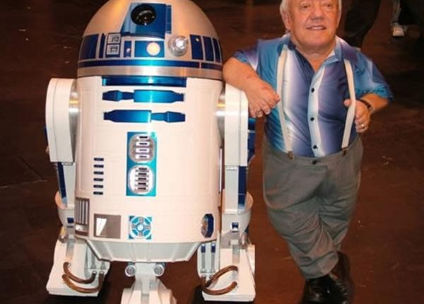 Fallece el actor que dio vida a R2D2