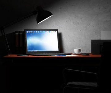 ¿Qué tan malo es dejar encendido el ordenador por las noches?