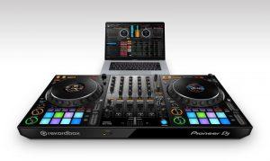 Pioneer_DDJ-1000_prm_set_laptop_low_1226